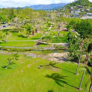 cannonvale-beach-garden