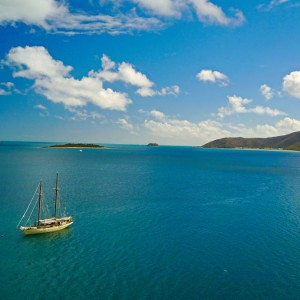 hook-island-grren-ocean