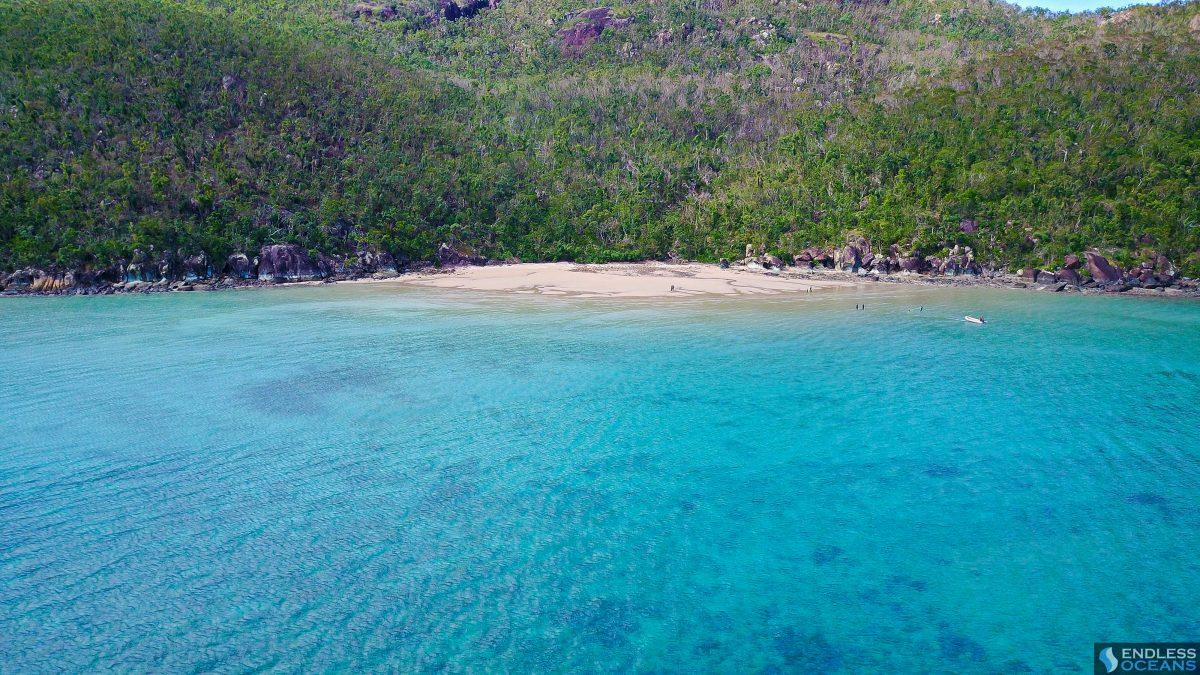hook-island-secluded-beach